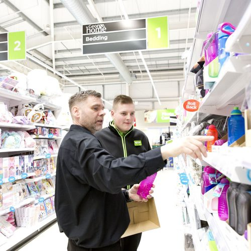 Enable Scotland Asda job shadowing and supported employment Photograph by Jamie Williamson © 2018